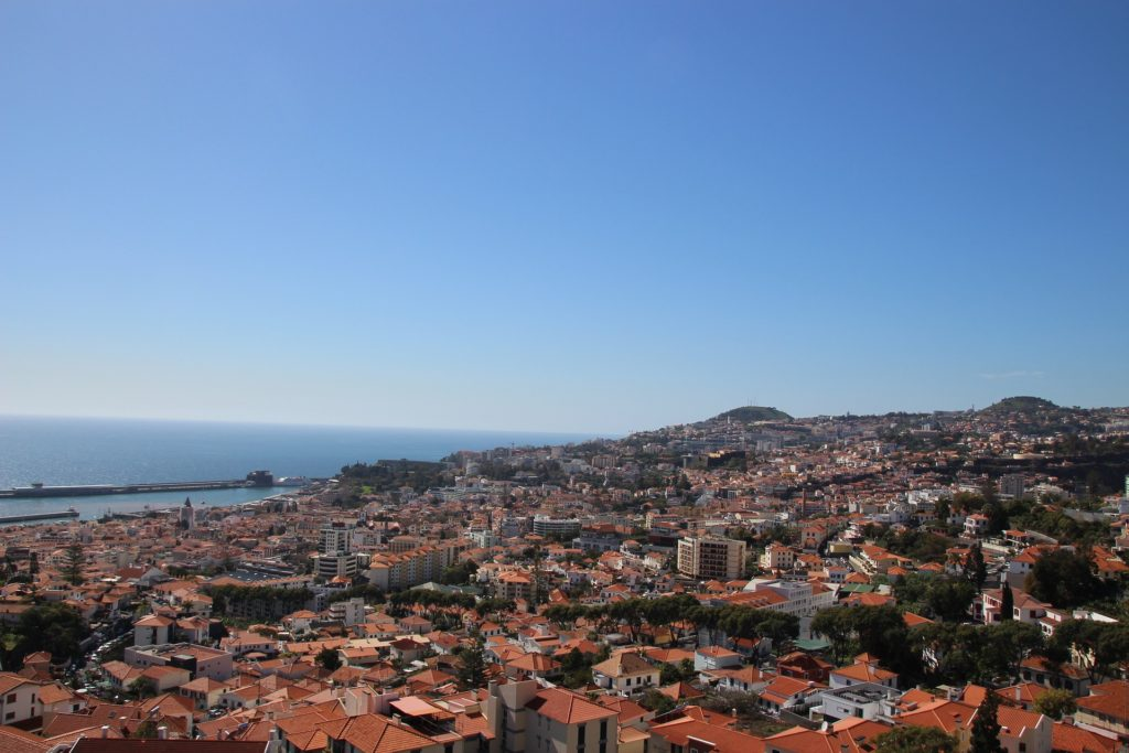 This image has an empty alt attribute; its file name is madeira-2101580_1920-1024x683.jpg